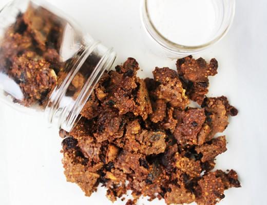 healthy quinoa granola chunks