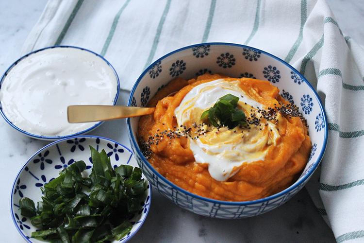 roasted garlic sweet potato soup with cashew cream